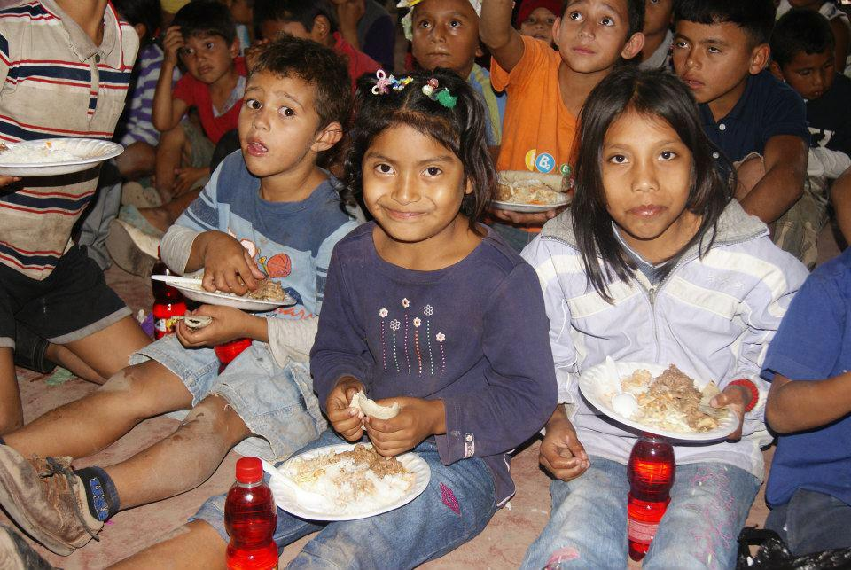 Responsibility Nicaragua Kids Eating Lunch